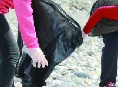 대만 기독교 복음 선교회는 화롄에서 해변 청소 행사를 가지게 되었다.